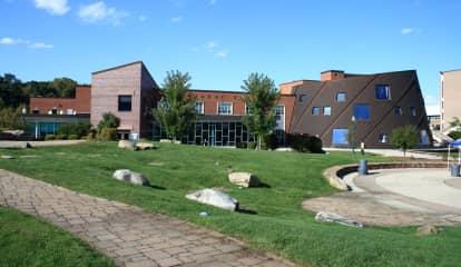College Student In Connecticut Diagnosed With Meningitis