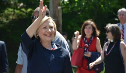 Hillary Clinton Still Considering 2020 Presidential Run, New Report Says