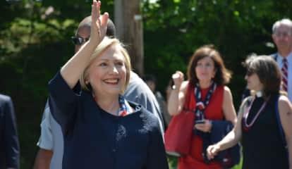 Hillary Clinton Still Considering 2020 Presidential Run, New Report Says