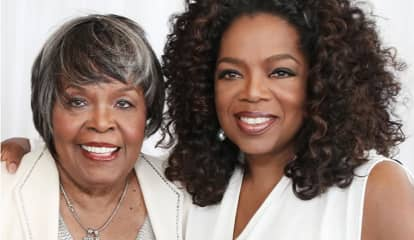 Oprah's Mom Died On Thanksgiving, Family Reveals