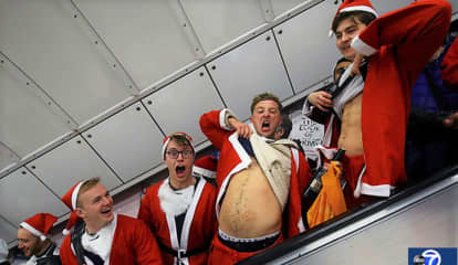 Orange County Man Arrested After Cop Is Punched In Face At SantaCon Pub Crawl