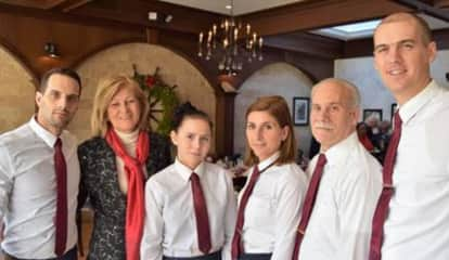 Westchester Restaurant Celebrates Holidays With Special Lunch For Seniors