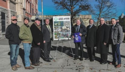 Westchester City May Become State's First To Charge For Paper, Plastic Bags
