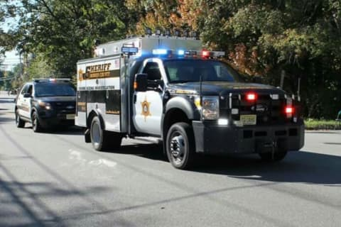 Morris County Sheriff's Officer, Pick-Up Driver Hospitalized In I-287 Parsippany Crash