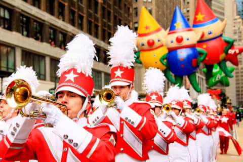 Macy's Thanksgiving Day Parade To Return 'Live' This Year