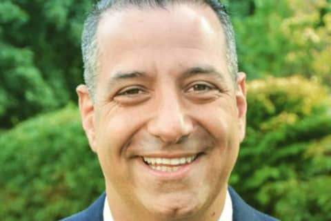 State Senate Candidate Sues Norwalk Police, Online News Outlet