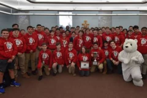 Iona Preparatory 'Plungers' Named New York's Top Team