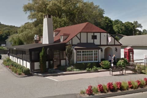 Little Pub Plans To Close Ridgefield Location