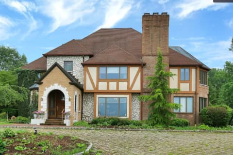 LOOK INSIDE: Most Expensive Homes For Sale In Warren County