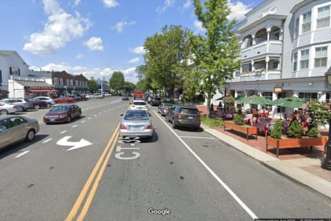 COVID-19: CT Town Popular For Shopping Asks NYC Residents To Quarantine