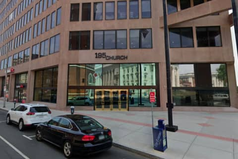 Starbucks Closes In Downtown New Haven