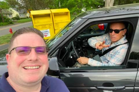 Realtor Snaps Selfie With Springsteen At Popular Jersey Shore Ice Cream Shop