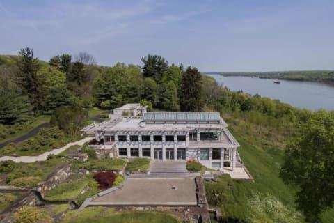 20-Acre Estate Overlooking Hudson River Hits Market
