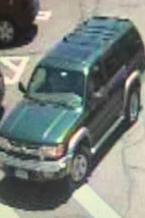 Police Searching For SUV Involved In Crash At Stop & Shop In Fairfield County