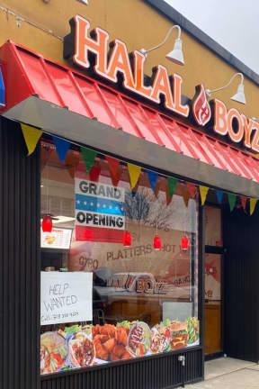 Halal Boyz Opens In Hackensack