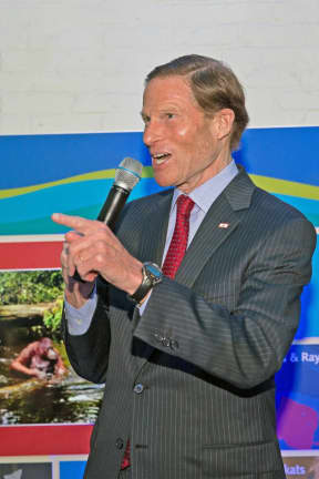 Blumenthal Among 137 Members Of Congress Donating Paychecks During Shutdown