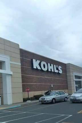 Route 59 Kohl's Plaza Sells For $27M