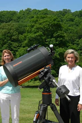 Gaze At The Stars With The Ridgefield Discovery Center At New Pond Farm