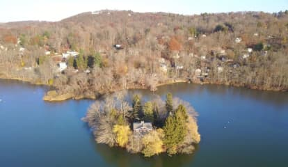Private Island Home On Putnam Lake Listed At $850,000