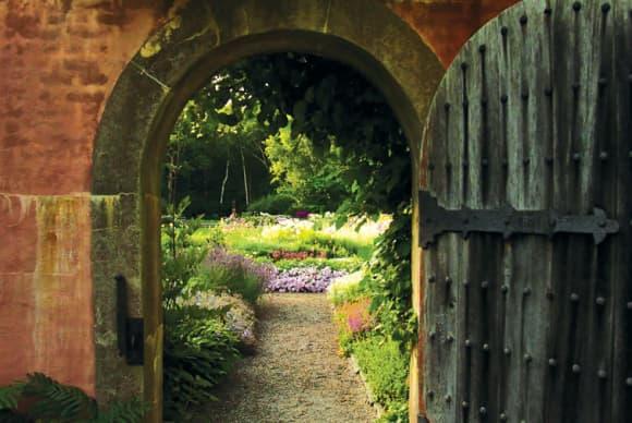Gilded Age gardener