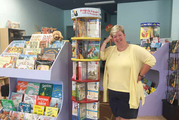 Former school librarian 'Turning the Page' with indie bookstore in Monroe
