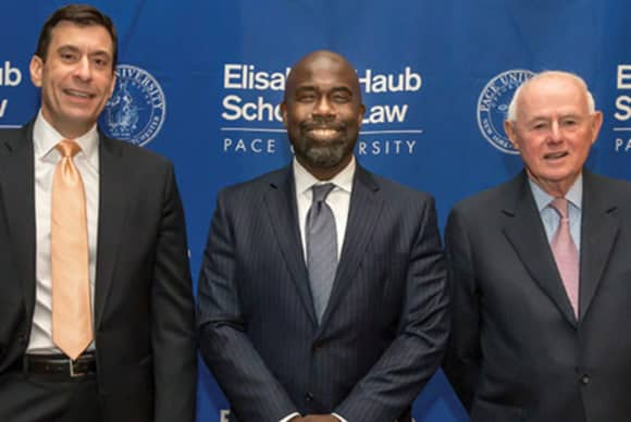 Pace Law honors two with Distinguished Service Award at Leadership Dinner