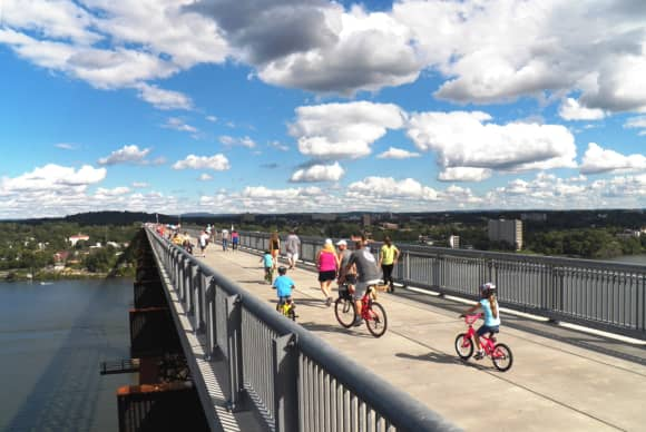 Study reports impact of Walkway Over the Hudson on local business