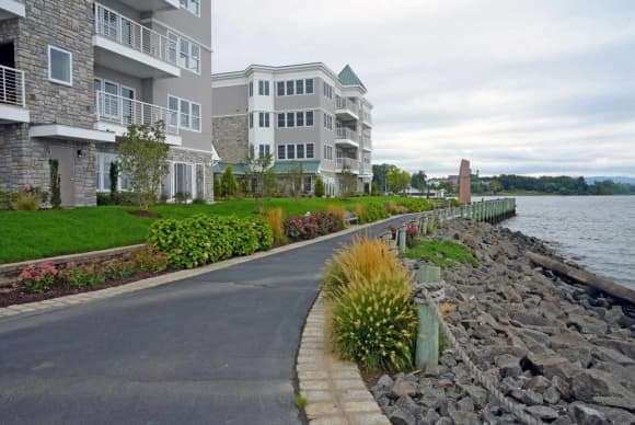 Ginsburg holds ribbon-cutting at Haverstraw development