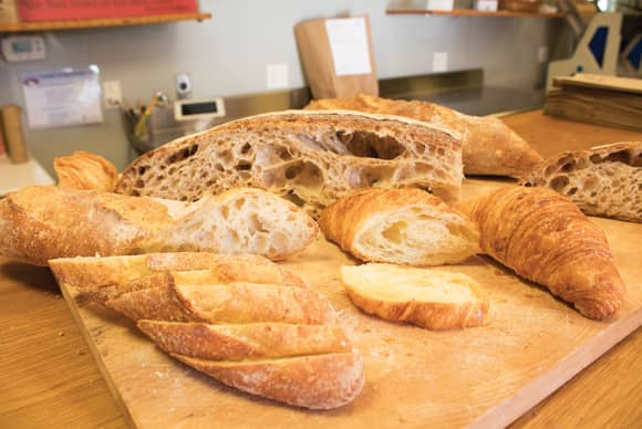 Baking a sensory experience at Wave Hill Breads
