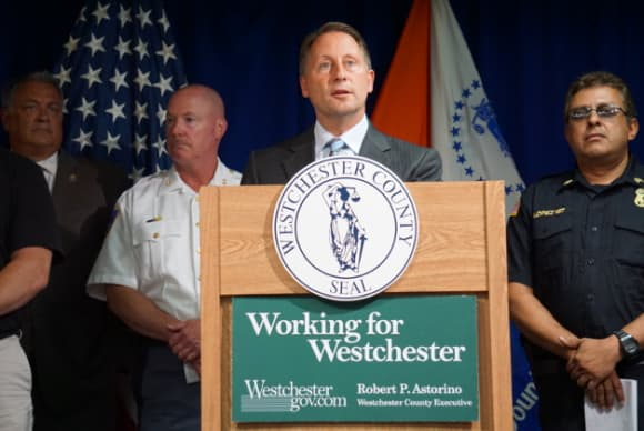 Astorino's executive order on immigrants draws criticism