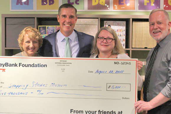 KeyBank donates $5,000 to Stepping Stones
