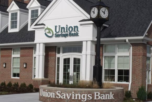 Union Savings Bank elects four new corporators