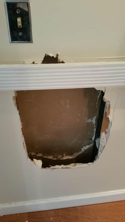 Laptop Stolen From Fairfield Spa Via Hole Cut In Wall Police Say Fairfield Daily Voice