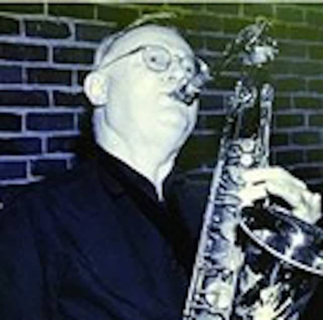Musician Robert Stanley Dransite who taught at Norwalk Community College and Carle Place public schools died Monday, July 8.