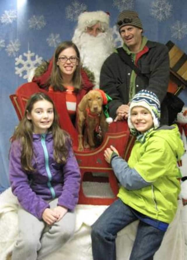 Bogota Recreation will host an event with Santa checking in on area pets.