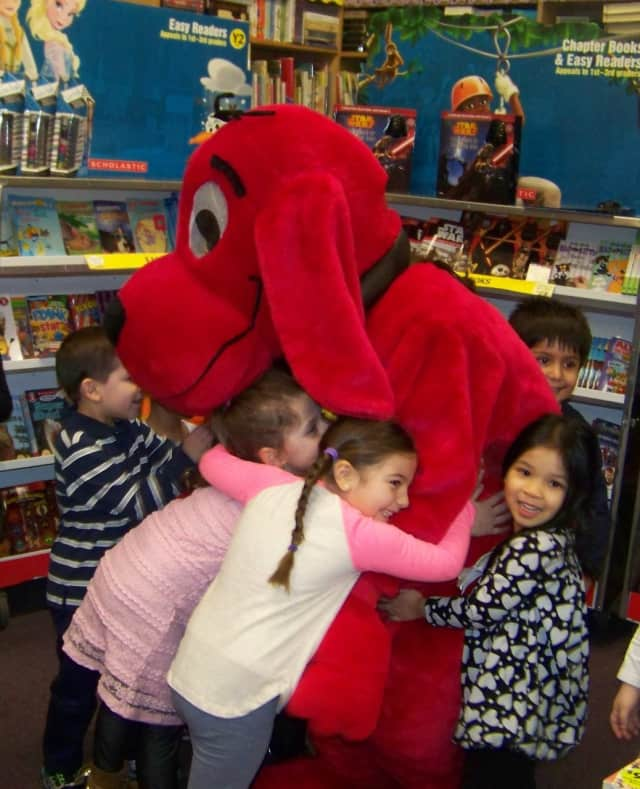 Clifford the Big Red Dog made an appearance at the Scholastic Book Fair held recently at Visitation Academy.