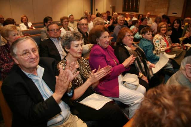 Temple Israel in Ridgewood will host a music concert Feb. 20.