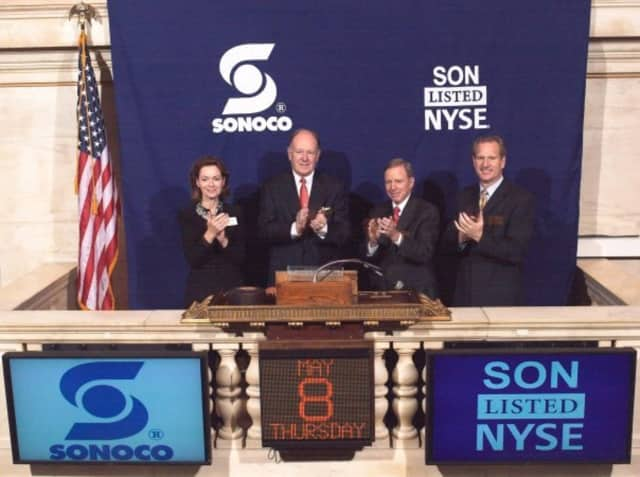 Sonoco executives ring the opening bell at the New York Stock Exchange in 2008