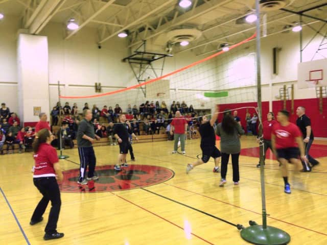 Participants play volleyball in the 2015 Bloomingdale Unity Through Community Night.