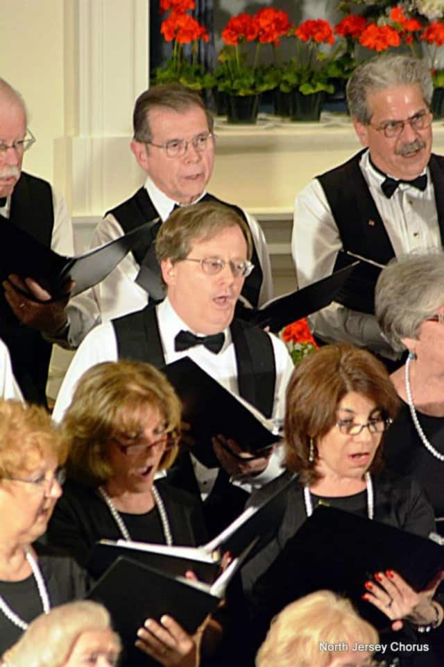 The North Jersey Chorus' holiday performance will benefit a music scholarship fund.