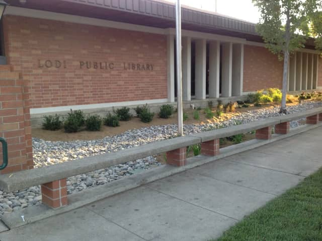 Lodi Memorial Library