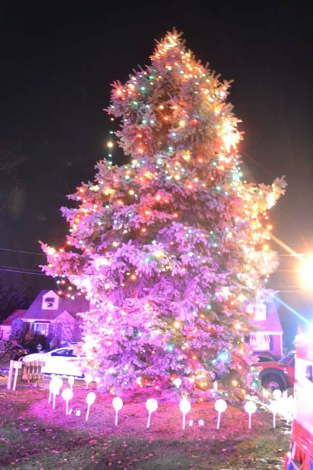 This was the tree lighting in 2014 in Saddle Brook. This year's event is on Friday, Nov. 25.