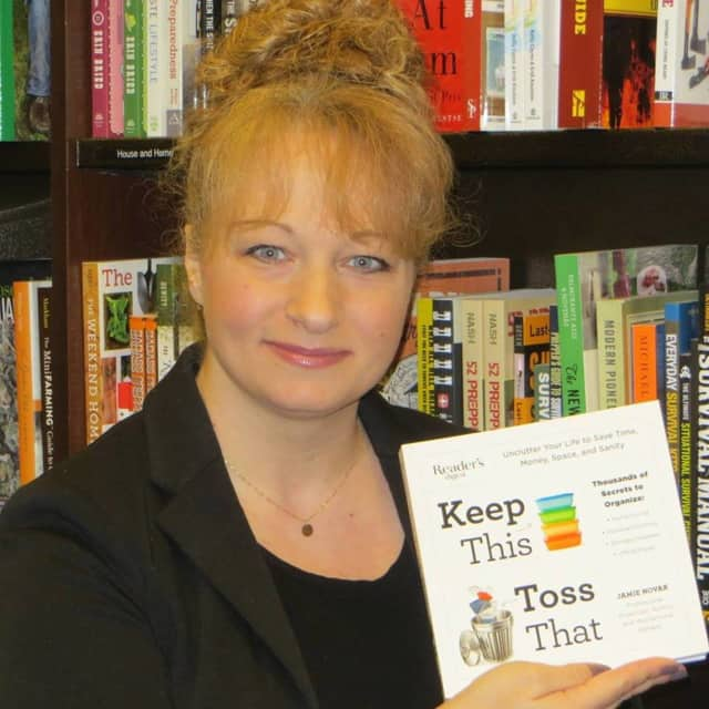 """Author of """"Keep This Toss That"""" Jamie Novak will be at the Ridgewood Public Library."""