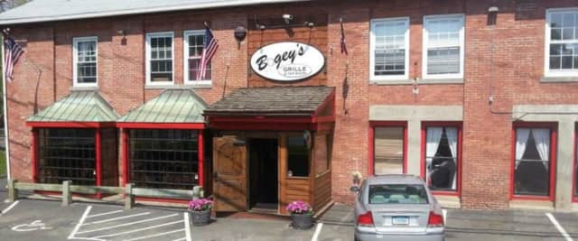 Bogey's Grille & Tap Room in Norwalk.