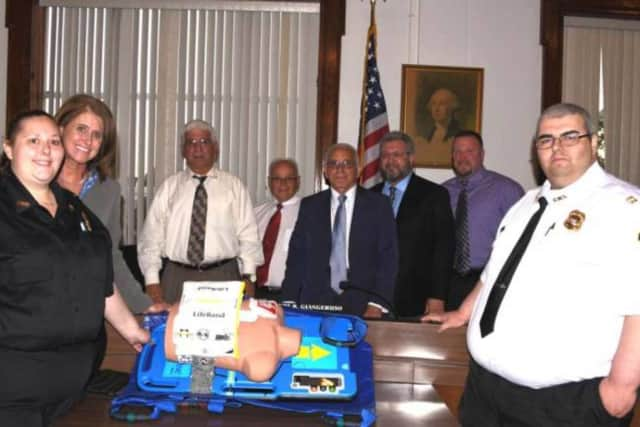 The Lyndhurst PES unveils its new CPR device.