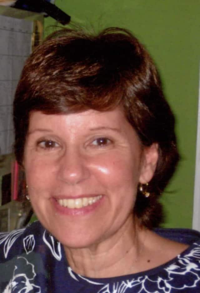 Lynne Vander Veer of Hawthorne.