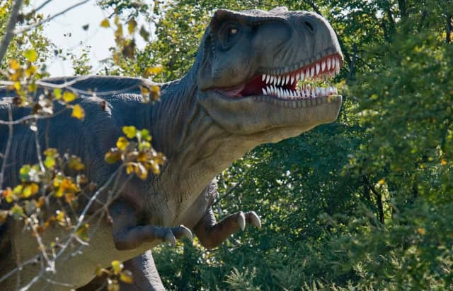 New research shows that dinosaurs may have mumbled with their mouths closed instead of roaring.