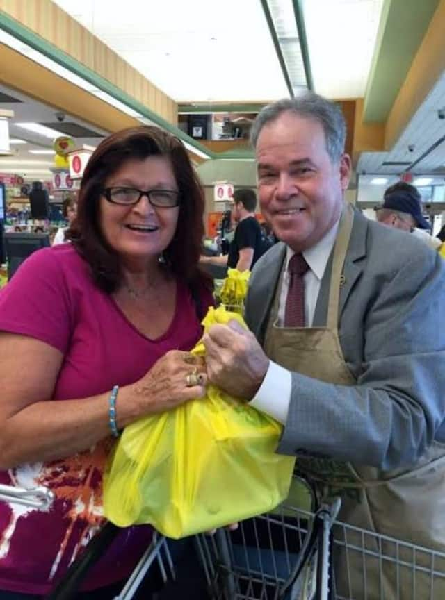 County Executive Ed Day helped bag groceries recently at the ShopRite as part of National Hunger Action Month.