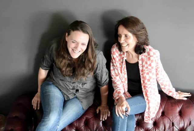The Acoustic Café Music Series will present Suzzy Roche and her daughter Lucy Wainwright Roche in a benefit concert for the Stigma Free Initiative of Park Ridge.
