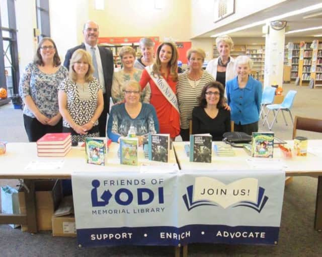 The Friends of the Lodi Memorial Library announced the opening of their 2016 scholarship.